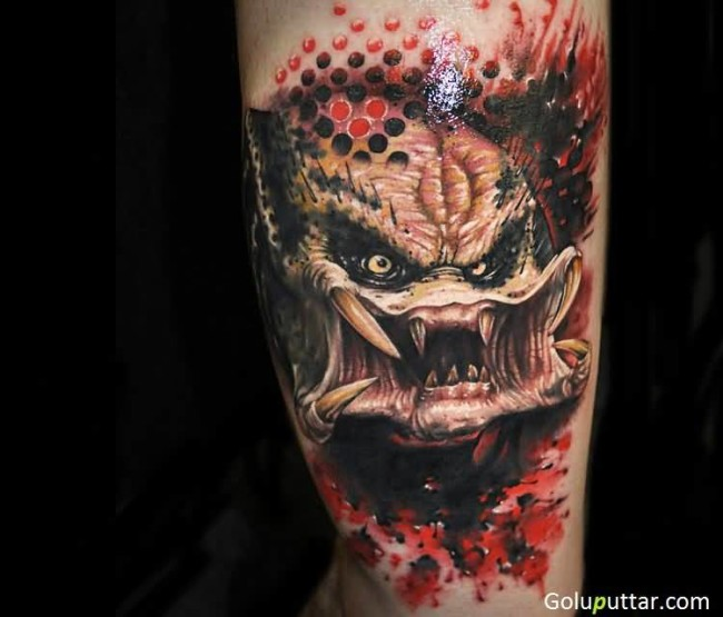 Attractive 3D Predator Tattoo With Scary Teeth