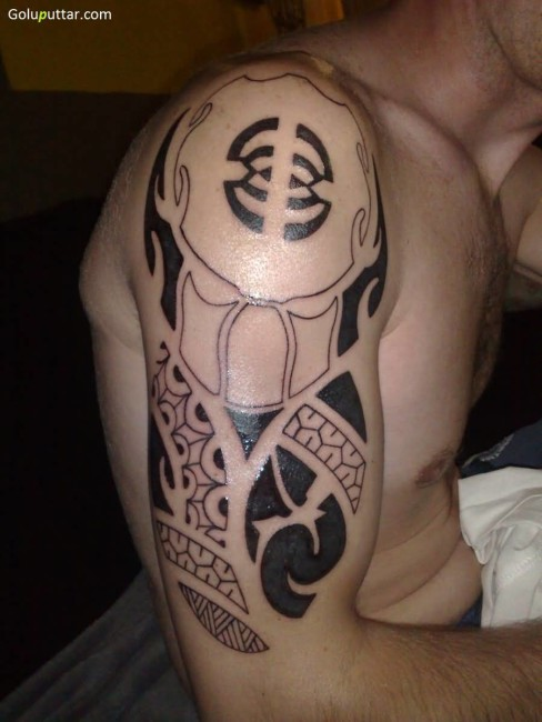 Mind Blowing Predator Symbol Tattoo
