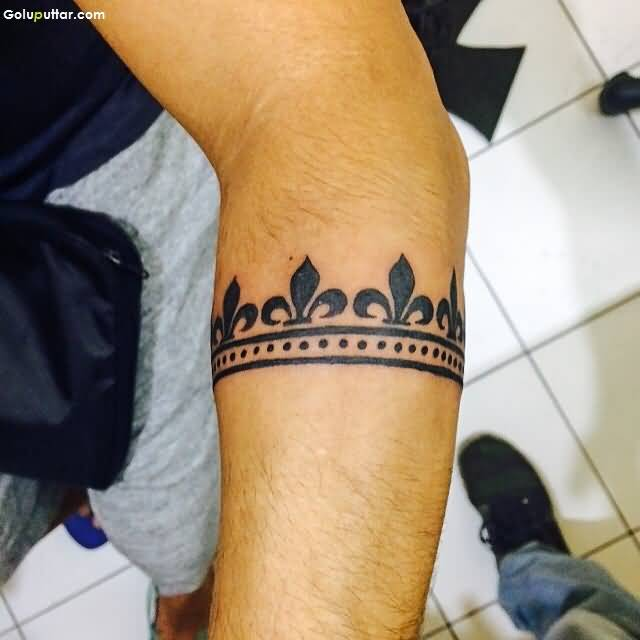 Impreesive Armband Tattoo Of Traditional Crown