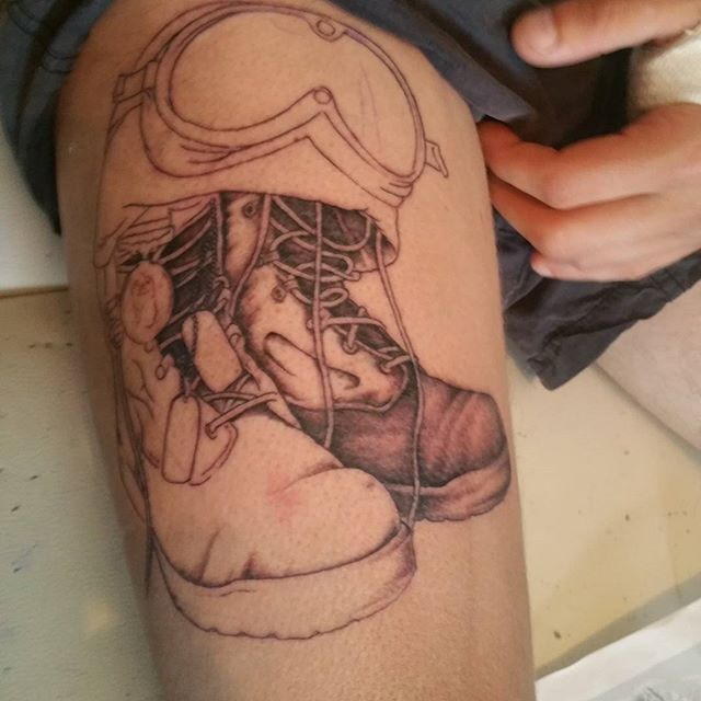 Perfect Army Shoe Tattoo Outline Design