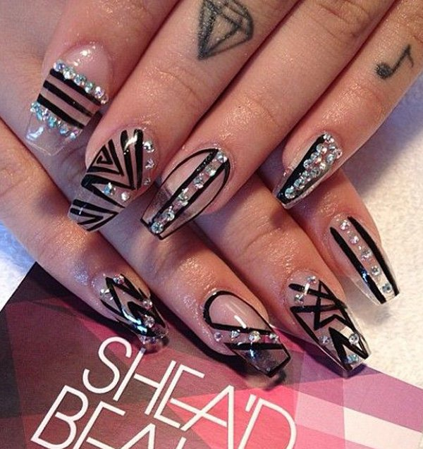 Wonderful Nail Art Idea In Black, Photos and Ideas - Goluputtar.com