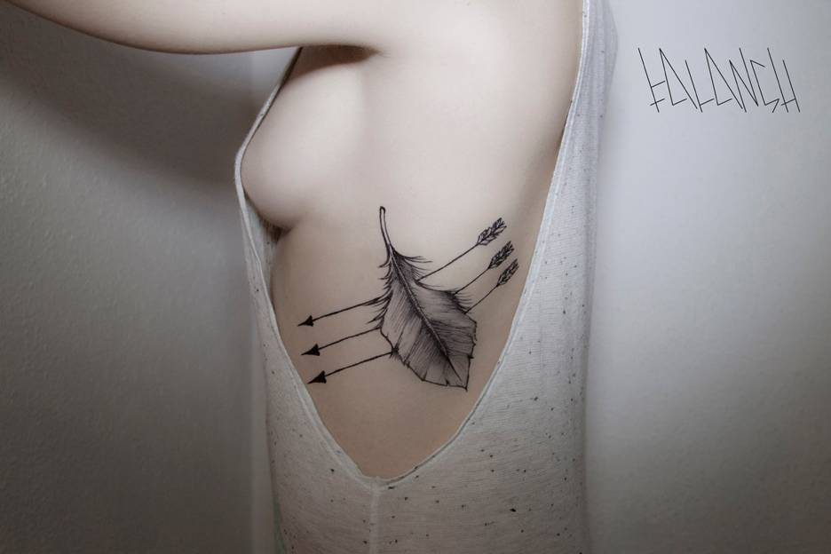 Mind Blowing Arrow Rib Tattoo Design For Lovely Lady, Photos and ...
