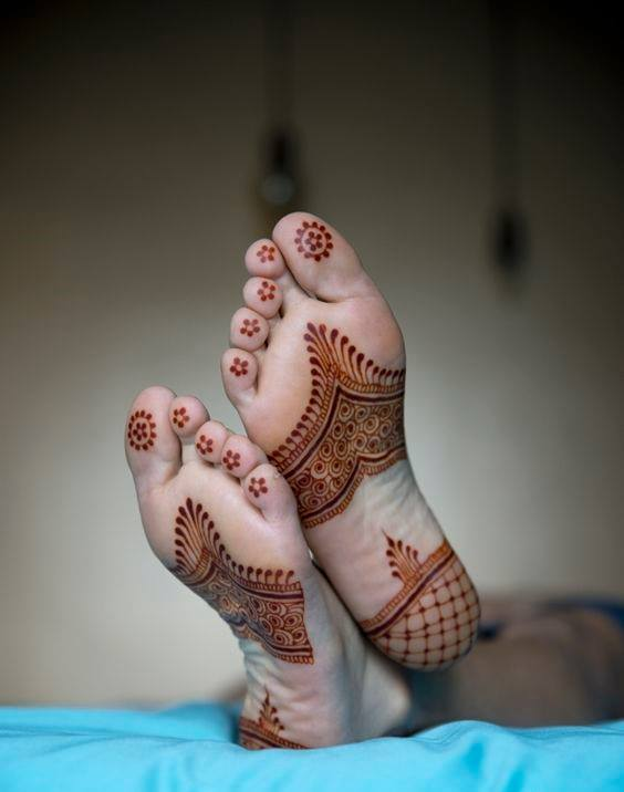 bridal mehndi designs for feet - 04y87