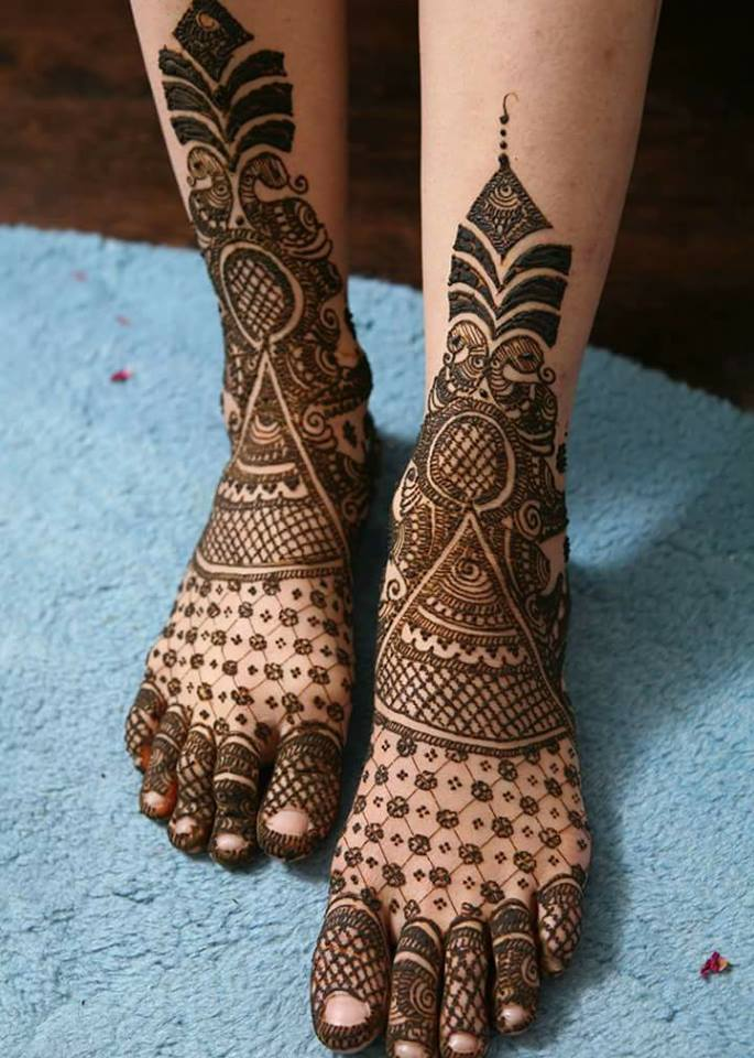 bridal mehndi designs for feet - 05897