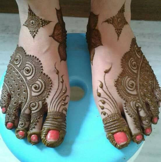 bridal mehndi designs for feet - 076565