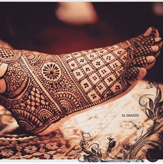 foot mehndi designs and art - 03