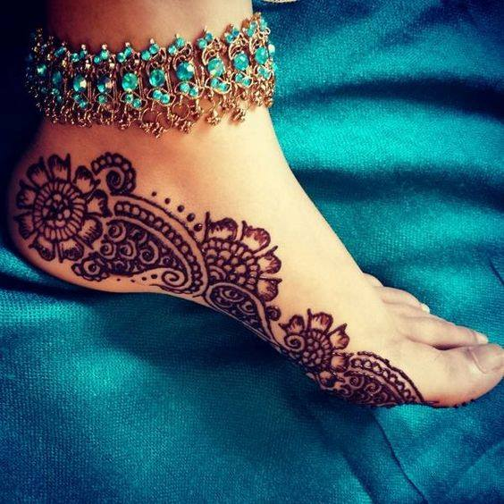 foot mehndi designs and art - 05