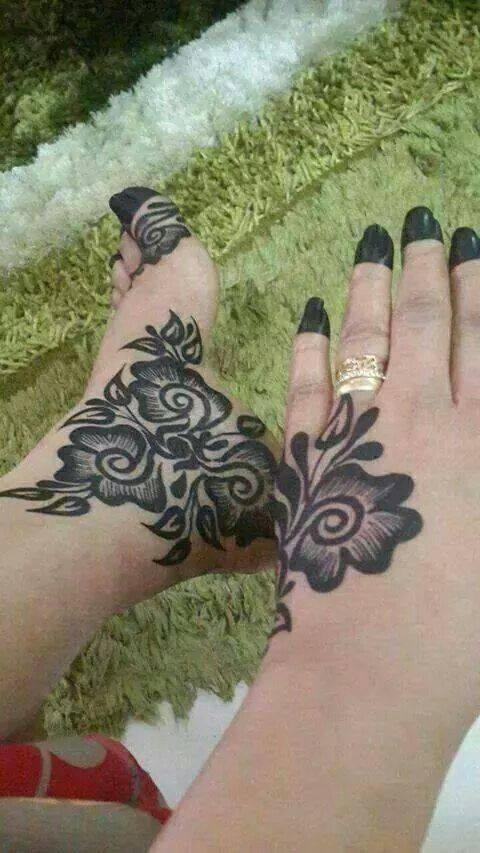 foot mehndi designs and art - 07