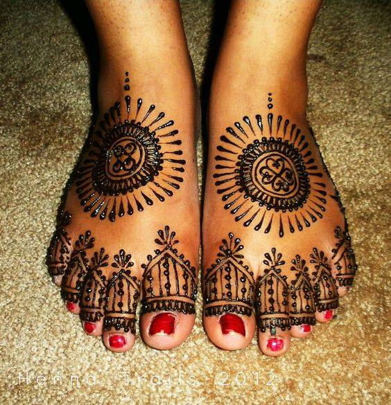 foot mehndi designs and art - 08