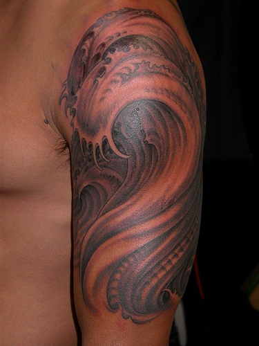 32biomechanical tattoo idea