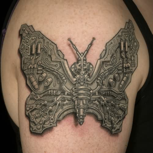 38biomechanical tattoo idea