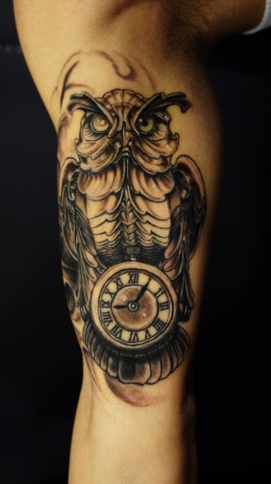 45biomechanical tattoo idea