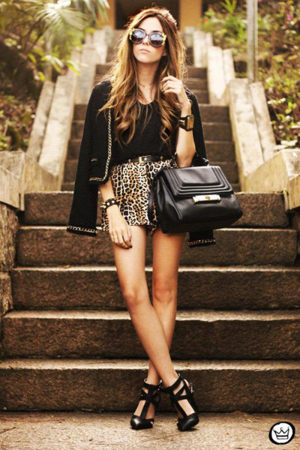 animal-print-leopard-shorts