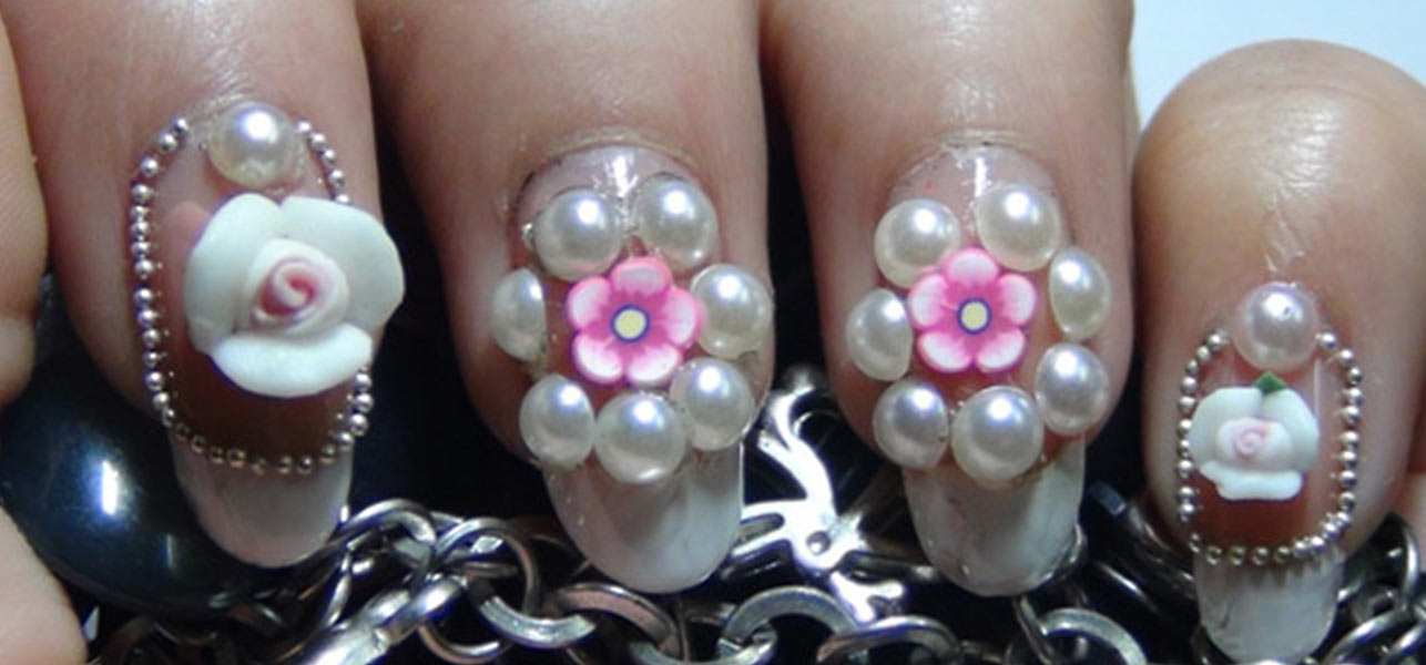 roses and pearl nail art