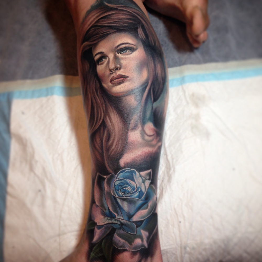 Attractive 3D Girl Portrait With Rose Tattoo On Left Leg By Fabz