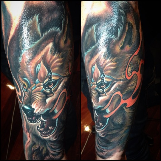 Awesome Wolf Head Tattoo On Left Leg By Fabz