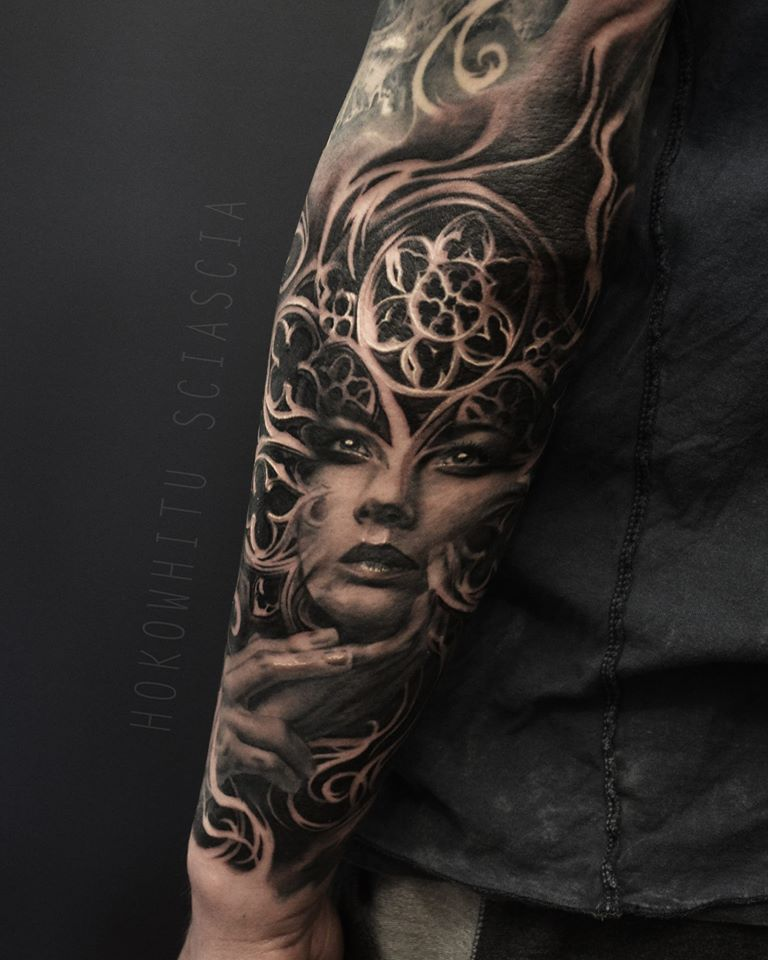 Classic Black And Grey Girl Face Tattoo On Left Arm By Hokowhitu Sciascia
