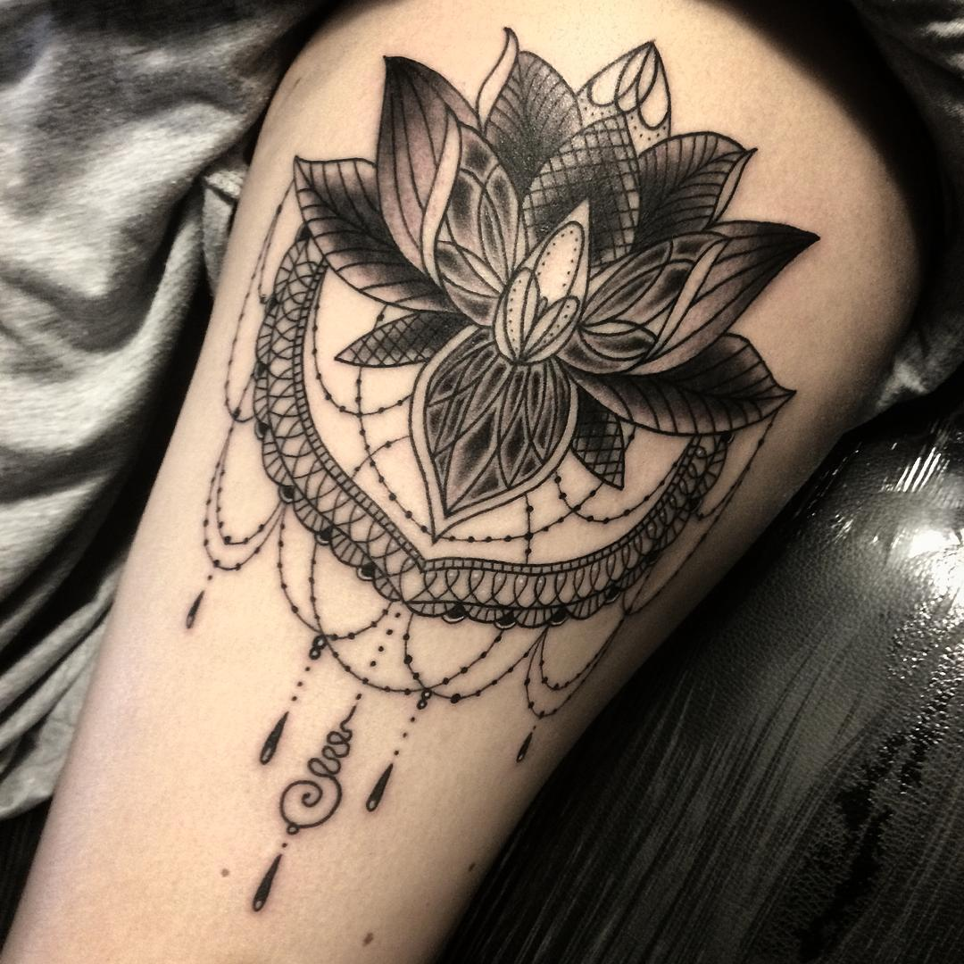 Classic Black Ink Lotus Flower Tattoo On Thigh