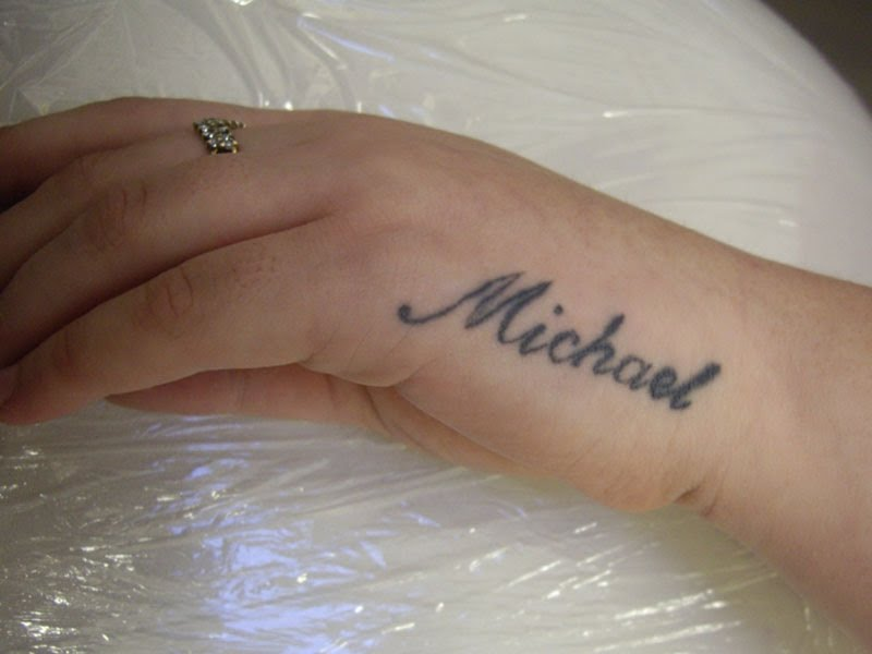 Cute name tattoo on hand for boys and girls