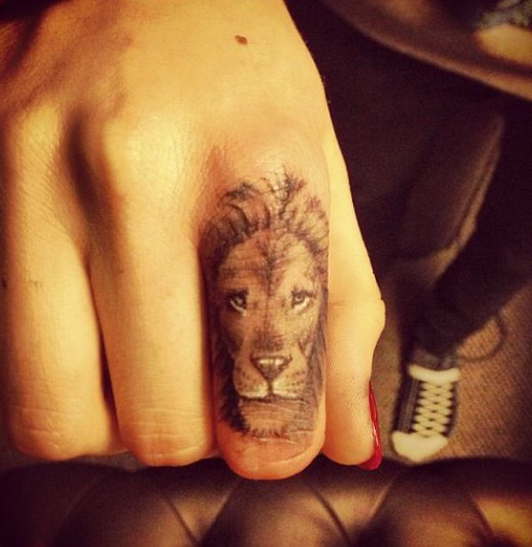 Cute lion tattoo on finder
