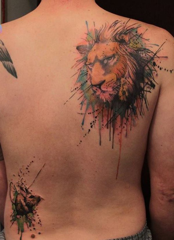 Hot lion tattoo on back shoulder
