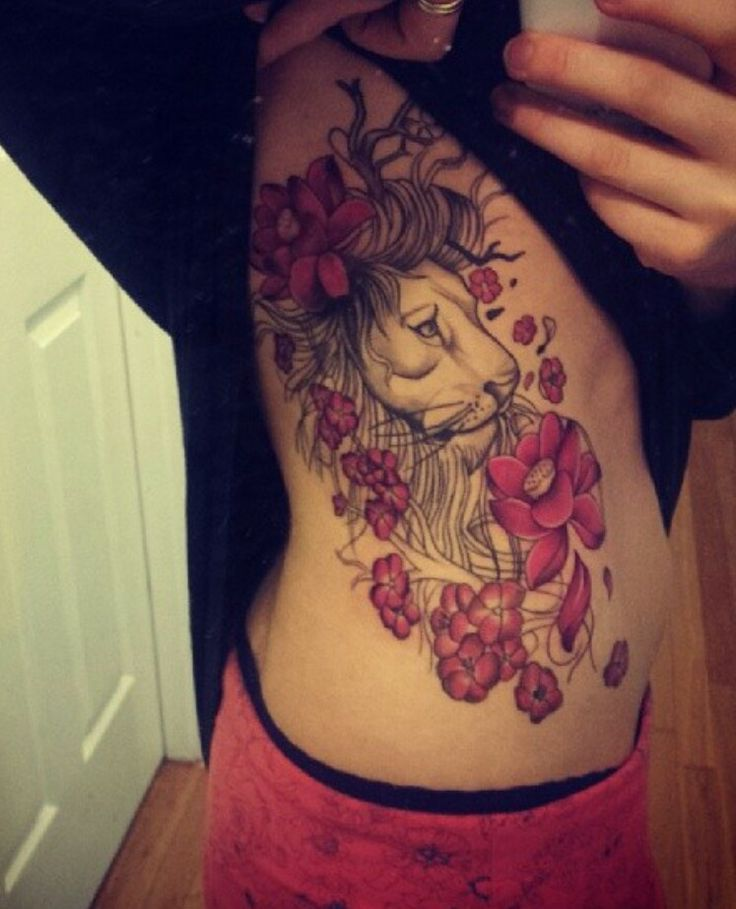 Sexy lion tattoo on ribs for girls