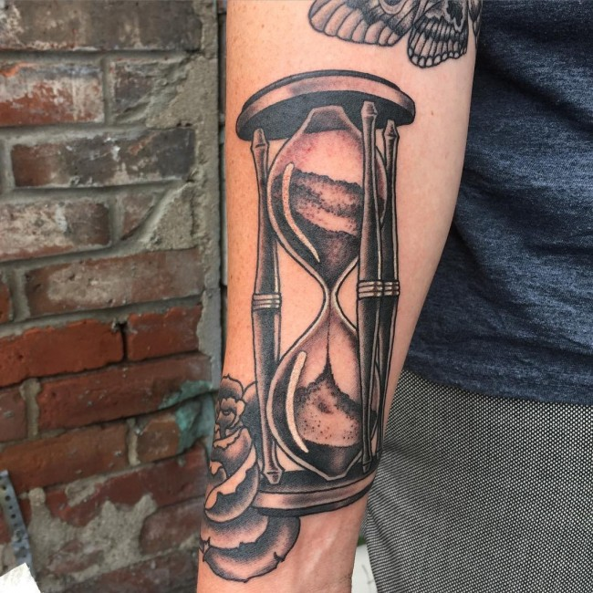 amazing hourglass tattoo cool colorful ideas