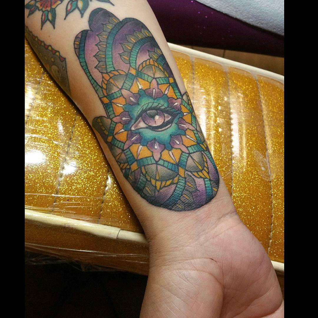 awesome hamsa tattoo @ 61