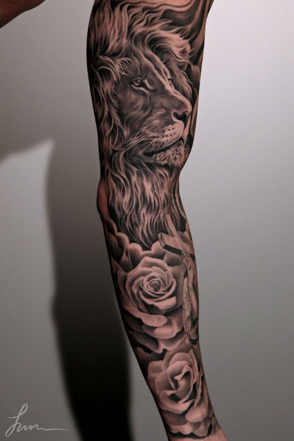 awesome lion tattoo on arm