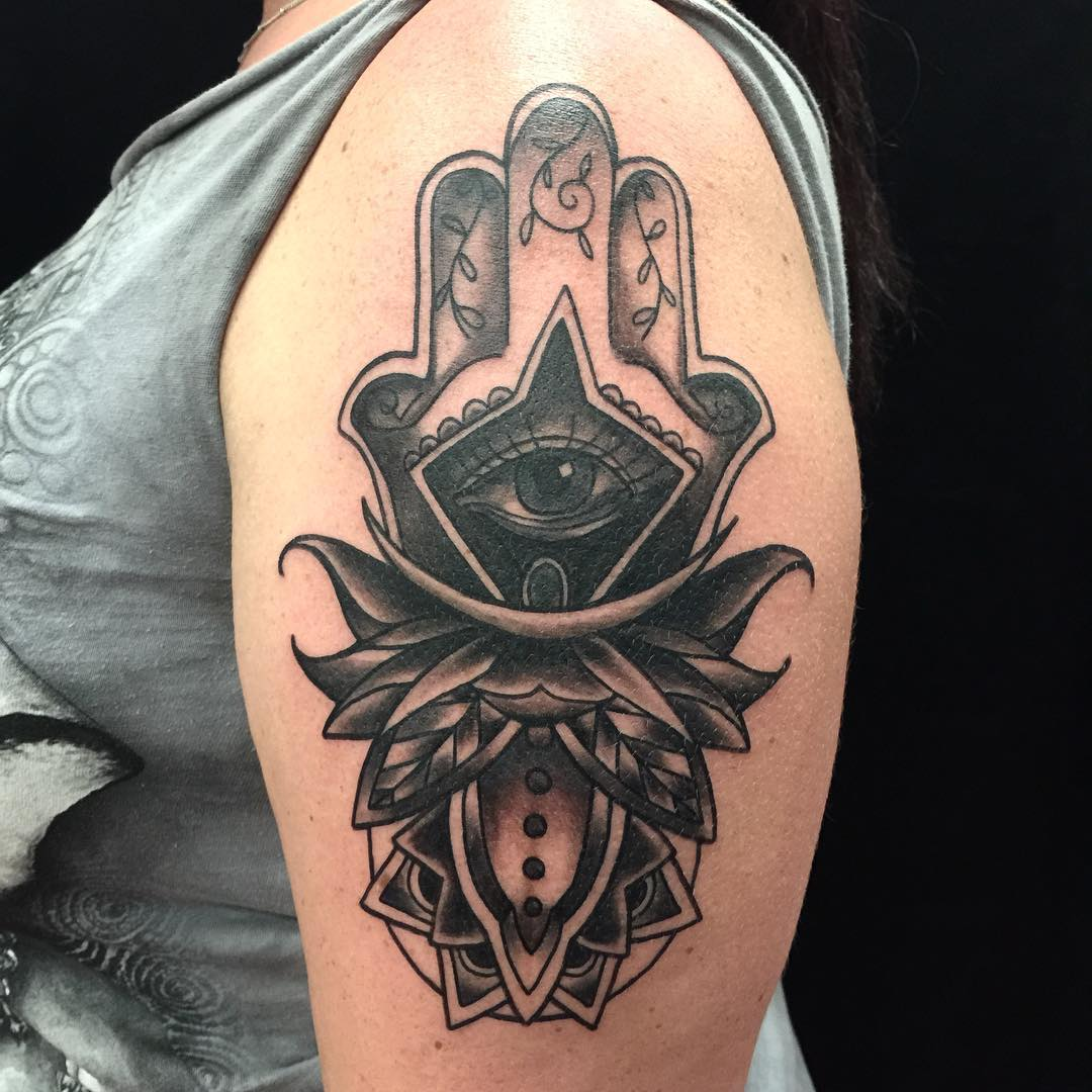 115 unique meaningful hamsa tattoos designs photos and ideas best hamsa tattoo 51 biocorpaavc Image collections