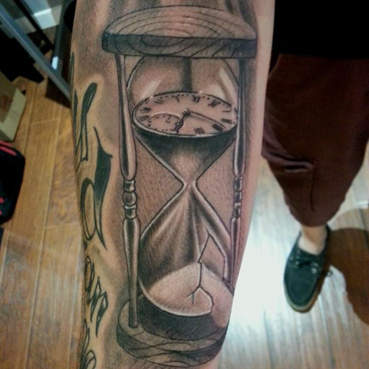spectacular hourglass tattoo horny ideas design