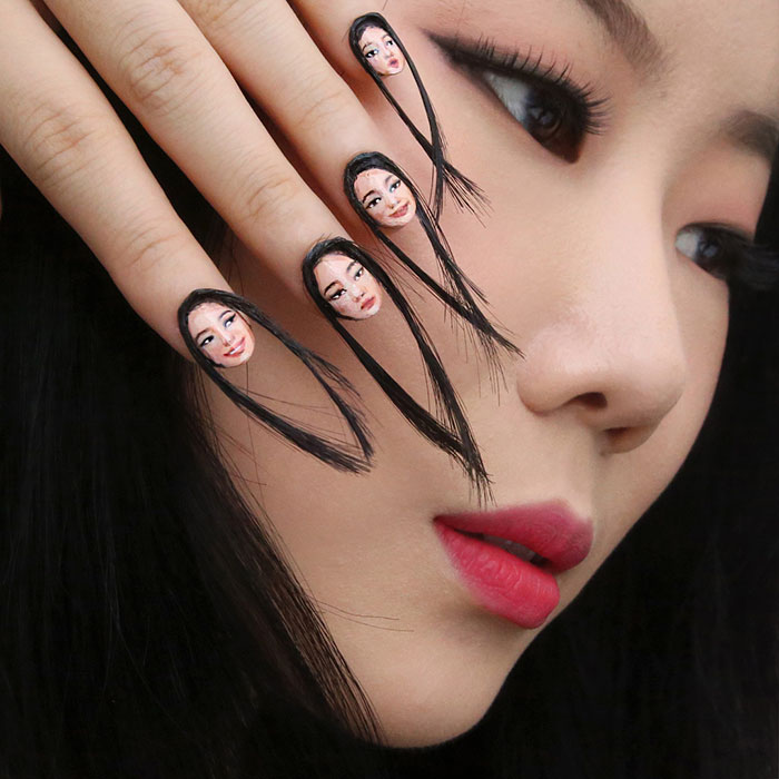 express yor expression using pics on nails