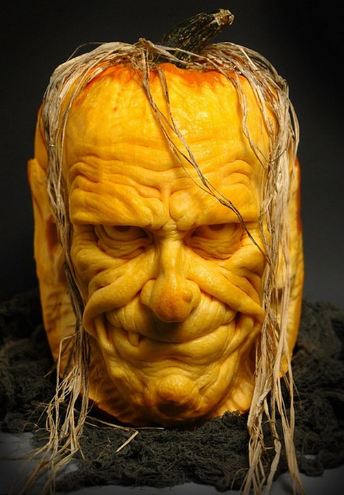 funny fruit and vegetable carving (17)