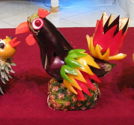 Funny fruit and vegetable carving goluputtar